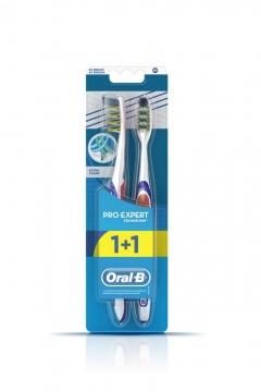 Oral B Pro-Expert Extra Clean 1+1 Diş Fırçası